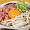 氷魚(ひうお)の釜揚げと近江牛コンビーフの丼